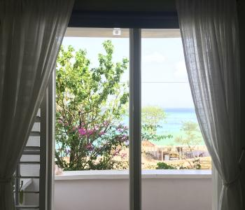 window view double To sea